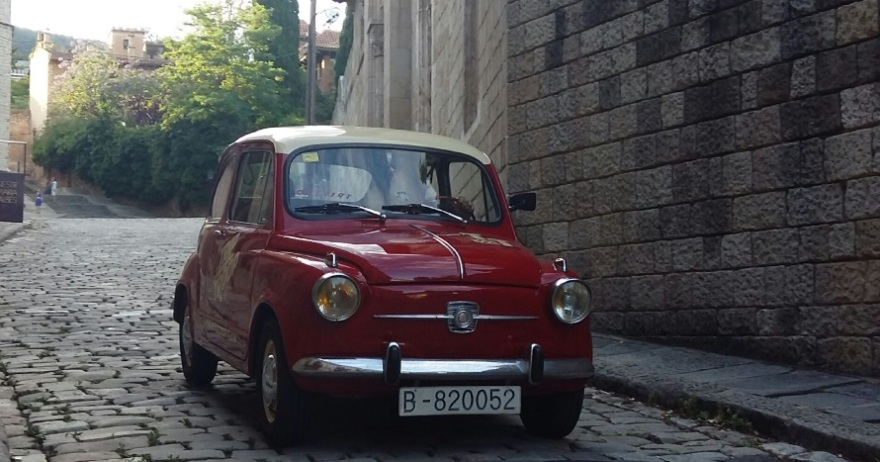 SEAT 600 NIGHT TOUR Barcelona