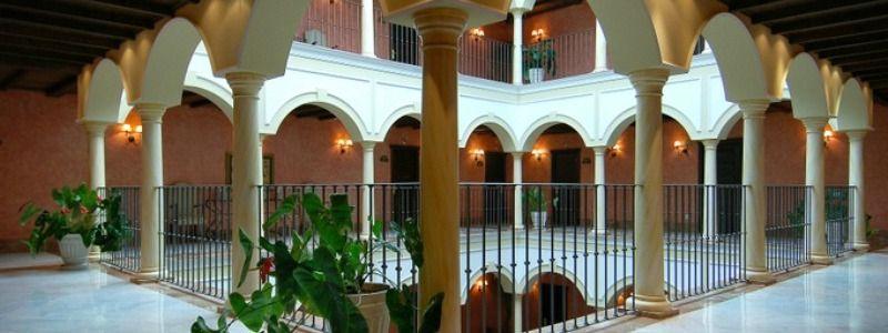 Hotel Romantico del siglo XVIII en la giralda