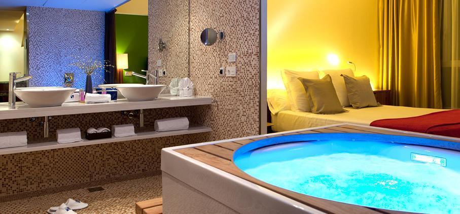 Hotel Diagonal Zero con jacuzzi privado